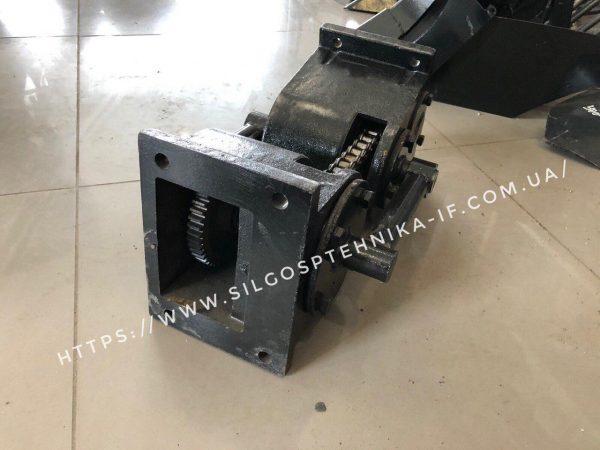 Перехідний редуктор фрези до мототрактора